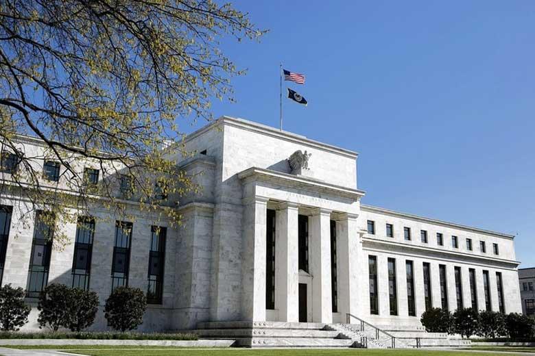 Um esperto técnico em TI minerando BTC no Banco Central dos EUA, ele minerou por 2 anos, vai pagar 5000 façam as contas do lucro. agora já vi de tudo mesmo!