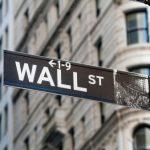 Além do Bitcoin: mercado de ações americano sofre queda histórica