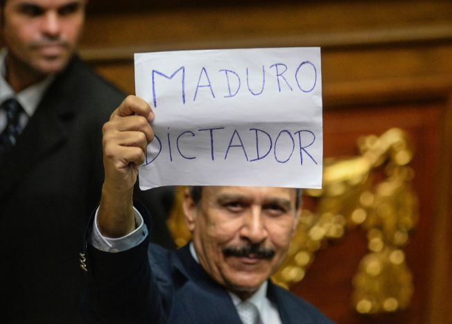 A maior exchange de Bitcoin da Venezuela, a Surbitcoin, deixou de negociar localmente depois que seu banco suspendeu de repente os serviços de retirada e depósito.