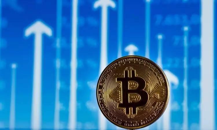 O lançamento de futuros de Bitcoin nos EUA está contribuindo para o interesse em criar ETFs (fundos cambiais negociados) vinculados a moedas digitais.
