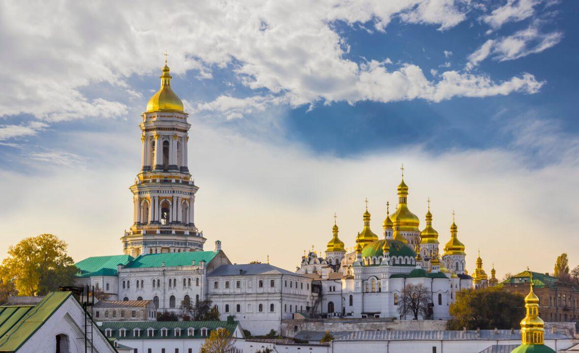 Os entusiastas de Bitcoin na Ucrânia lançaram sua própria pool de mineração a BitcoinUkraine. O idealizador da pool foi Oles Slobodenyuk.