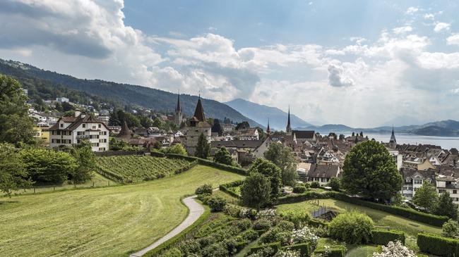 """Um consórcio de Blockchain, com suporte governamental, foi lançado em Zug, na Suíça com o objetivo de """"apoiar o desenvolvimento de tecnologias e negócios relacionados a blockchain e criptografia""""."""