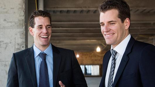 A ETF Bitcoin dos irmãos Winklevoss volta ao centro das discussões, a SEC decidiu rever sua decisão sobre o tema.