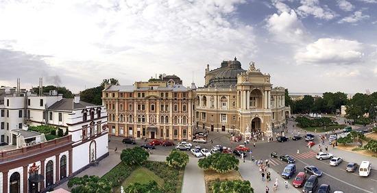 No dia 8 de dezembro, o site oficial do Presidente da Ucrânia publicou uma petição sobre a conveniência de criar uma criptomoeda estatal e realizar sua ICO para a mesma.