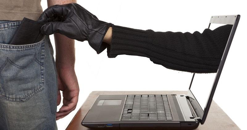 Atualmente, as ICOs movimentam uma grande soma de dinheiro. São muitas possiblidades investimentos, disponíveis em vários projetos legais que tem surgido todos os dias, por isso muitos hackers tem usado o sistema de Phishing, para lucrar as custas dessas ICOs .