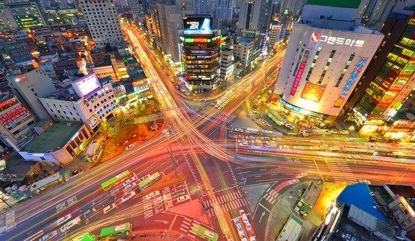 O prefeito da capital da Coréia do Sul, Park Won-soon, anunciou planos de criar uma moeda criptográfica denominada S-Coin, que será utilizada em programas de assistência social urbana.