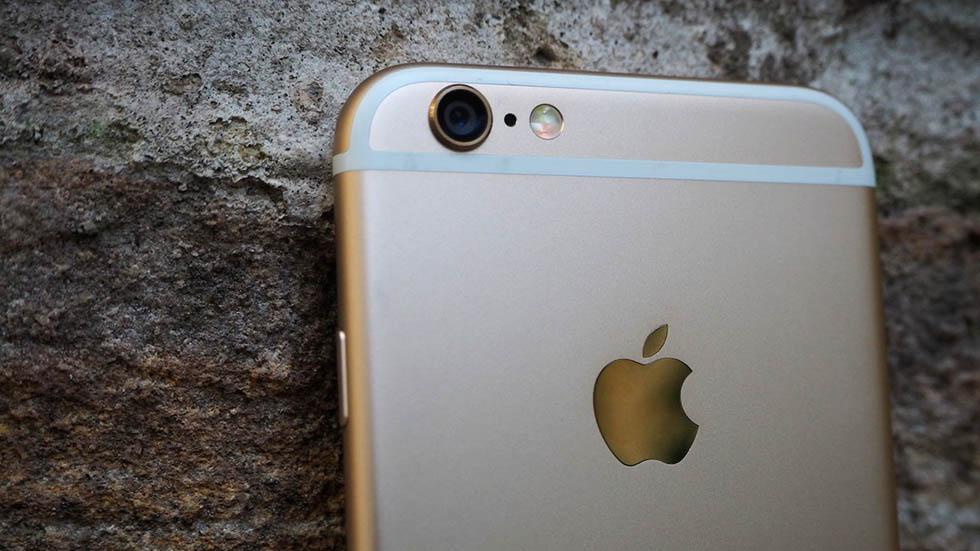 """Os hackers descobriram recentemente como bloquear remotamente os dispositivos da classe Mac e iPhone, usando a função """"encontrar meu iPhone"""" no iCloud para esses fins, após o que eles exigem um pagamento em Bitcoins para efetuar o desbloqueio."""