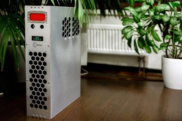 A startup russa Comino criou um minério silencioso com a função de aquecer a casa. Para o dispositivo, foram usadas oito placas de vídeo ASUS Mining P106, e o ruído do trabalho do mineiro, de acordo com os criadores, não é mais alto que um sussurro.