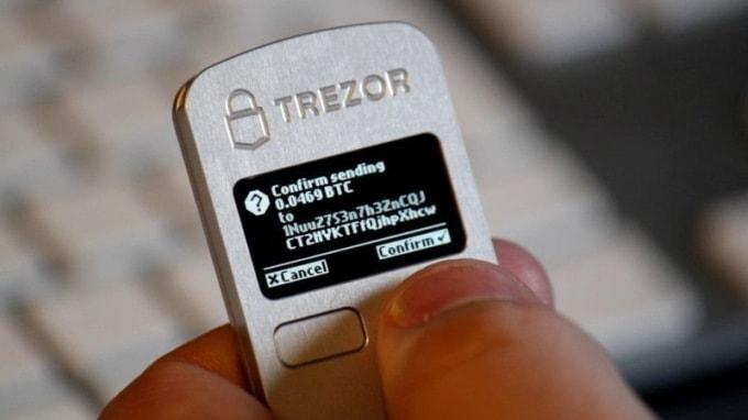 Americano usa hipnose para lembrar senha Trezor. BTCSoul.com