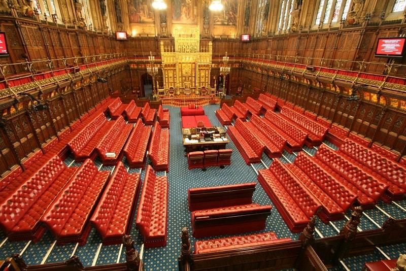 A Câmara Superior do Parlamento britânico publicou um relatório destacando os potenciais benefícios da tecnologia de registro distribuído (DLT) para o setor público.