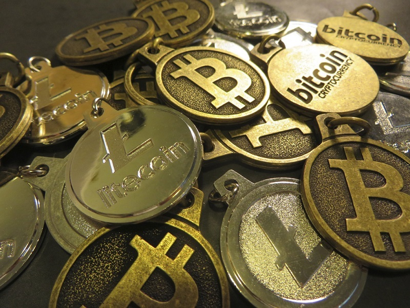 Em 26 de março, o custo da transação de Bitcoin atingiu uma baixa recorde. Os usuários precisam pagar apenas 1 satoshi por byte para que sua transação seja incluída no próximo bloco. Em outras palavras, agora a transação para uma comissão mínima será confirmada em cerca de 10 minutos.