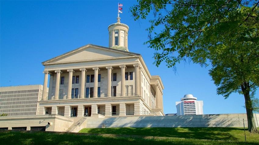 O legislador do estado americano do Tennessee, Jason Powell, propôs a legalização do Bitcoin e de outras criptomoedas como instrumentos de pagamento