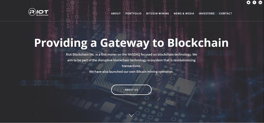 A antiga empresa de biotecnologia, Riot Blockchain, cujas ações são negociadas na bolsa Nasdaq e que no ano passado apareceu nas manchetes dos jornais depois de começar a oferecer serviços no campo de Bitcoin e outras criptomoedas, atraiu a atenção da Comissão de Valores Mobiliários dos Estados Unidos (SEC).
