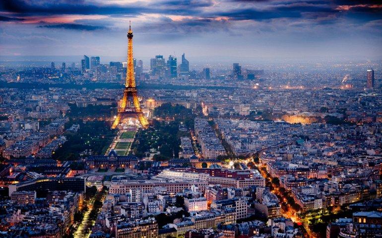 """A Comissão de Supervisão do Mercado Financeiro da França (AMF) incluiu 15 sites de empresas que atuam no campo do criptoinvestimento em sua """"lista negra""""."""