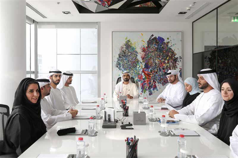 O xeque Mohammed bin Rashid Al Maktoum, primeiro-ministro e vice-presidente dos Emirados Árabes Unidos, anunciou o lançamento da estratégia de Blockchain, cuja implementação está prevista para 2021.