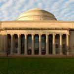 Destruir o Bitcoin: MIT apresenta três formas de neutralizar líder da indústria