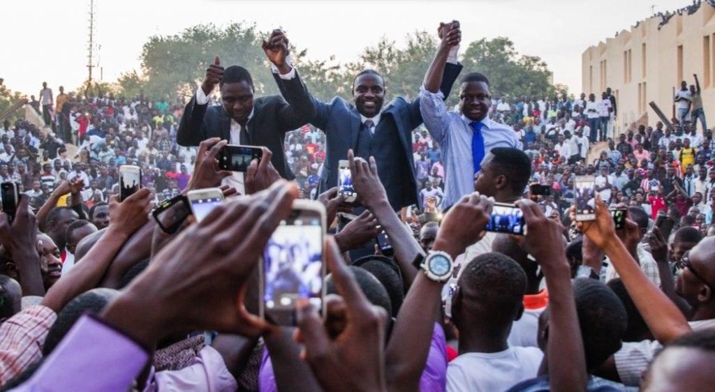 """Segundo o autor do hit """"Smack That"""", sua moeda digital será usada na """"Akon Crypto City"""", que, segundo Akon, já está em construção e está localizada no Senegal, em uma área de 2 mil acres."""